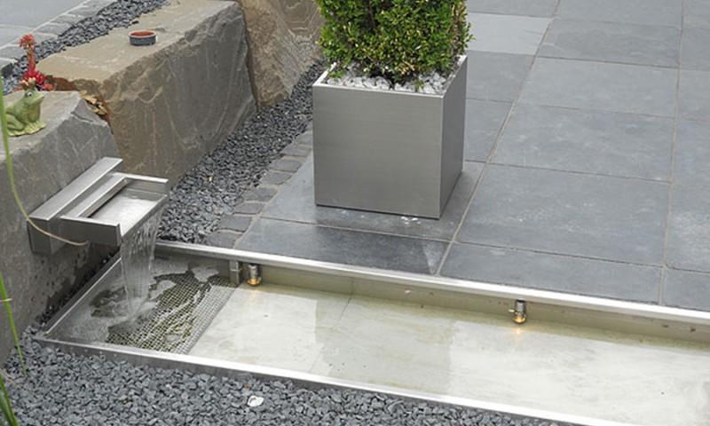 Wasserspiele & Springbrunnen -Designerstücke für den Garten